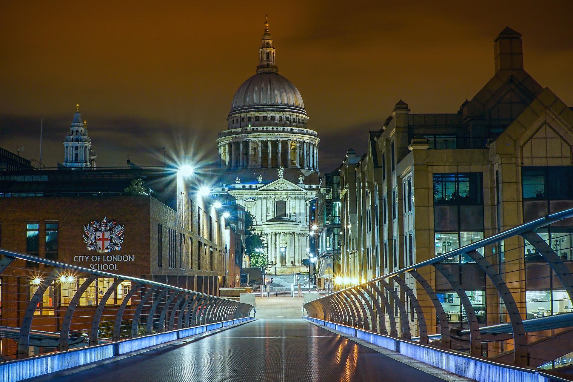 london-2925199_1920