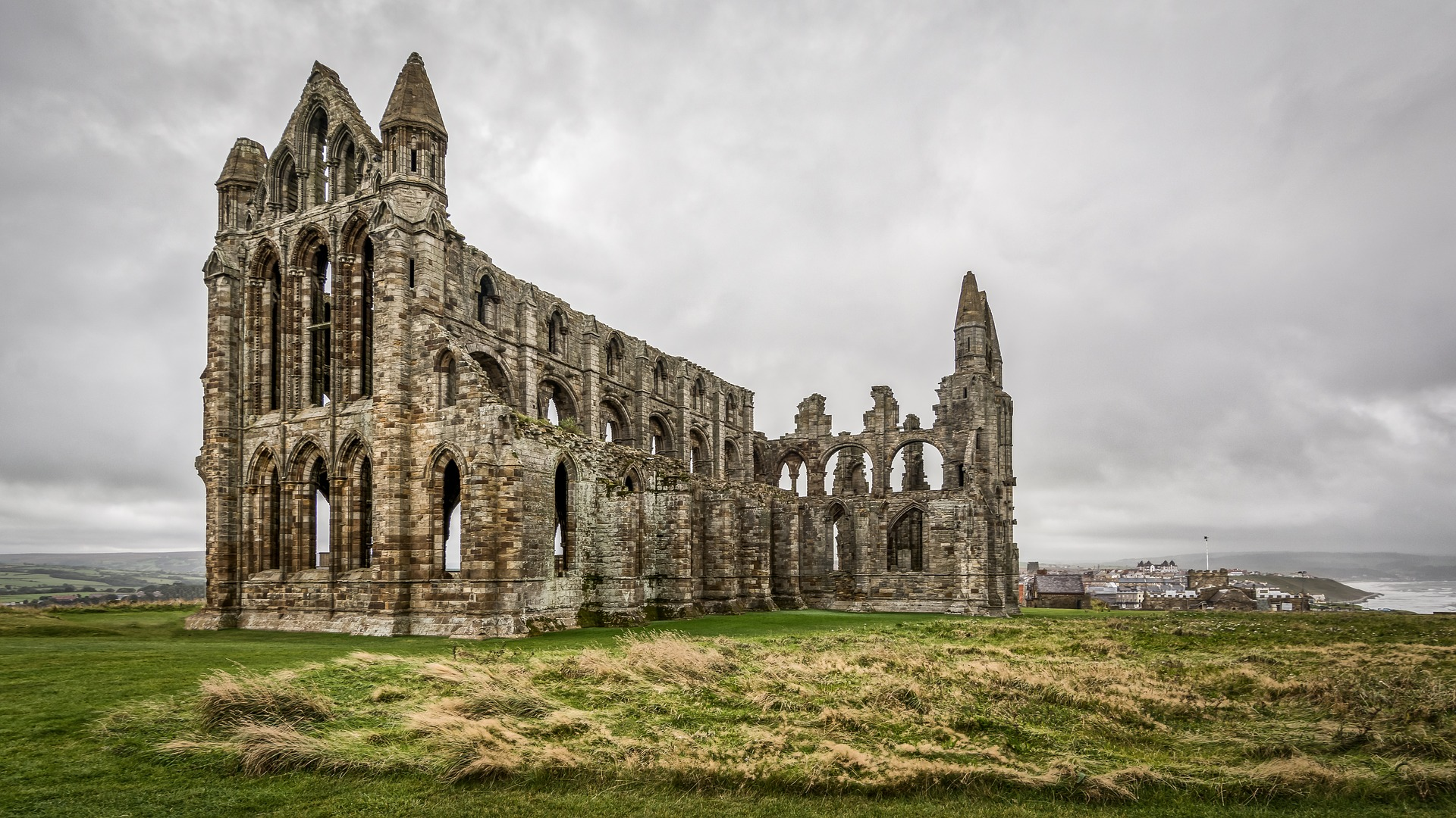 whitby-abbey-2805489_1920